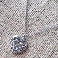 celtic-knotwork-heart-silver-necklace