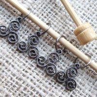 celtic-triskele-knitting-stitch-marker-set-display
