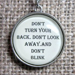 Dont Blink Doctor Who quotation silver necklace pendant