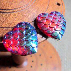 Dragon scale heart steel studs metallic blue redside
