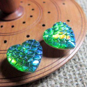 Dragon scale heart steel studs metallic lime greenside