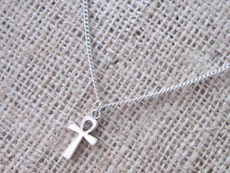 egyptian-ankh-silver-necklace