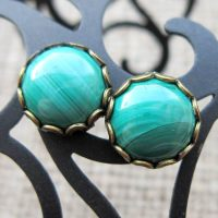 green-malachite-10mm-round-bronze-cufflinks-display