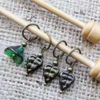 Green flower & leaf bead bronze knitting stitch marker set