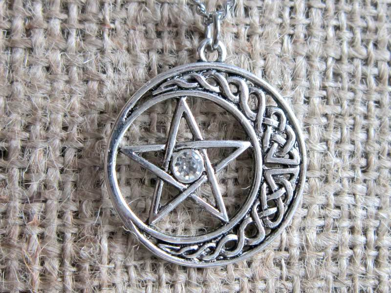 Pentagram crescent moon stainless steel necklace pendant