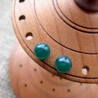 Sterling silver Green Agate gemstone ball stud earrings 6mm display