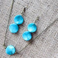 Turquoise Howlite bronze earring & necklace set