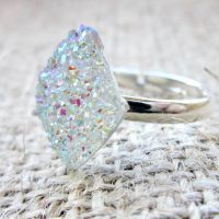 White crystal druzy adjustable ring side