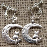 cat in crescent moon silver clip on earrings