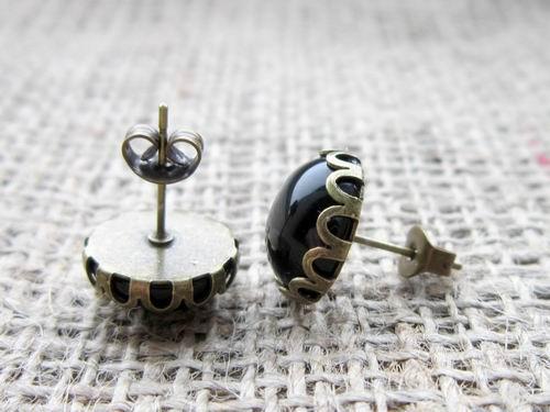 Black Onyx gemstone bronze stud earrings