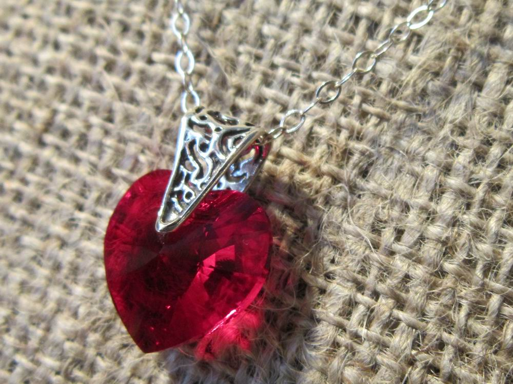 Swarovski crystal Siam red heart Sterling silver necklace side