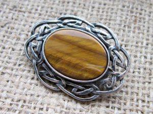 Tigers Eye Celtic knotwork Oval Brooch angled